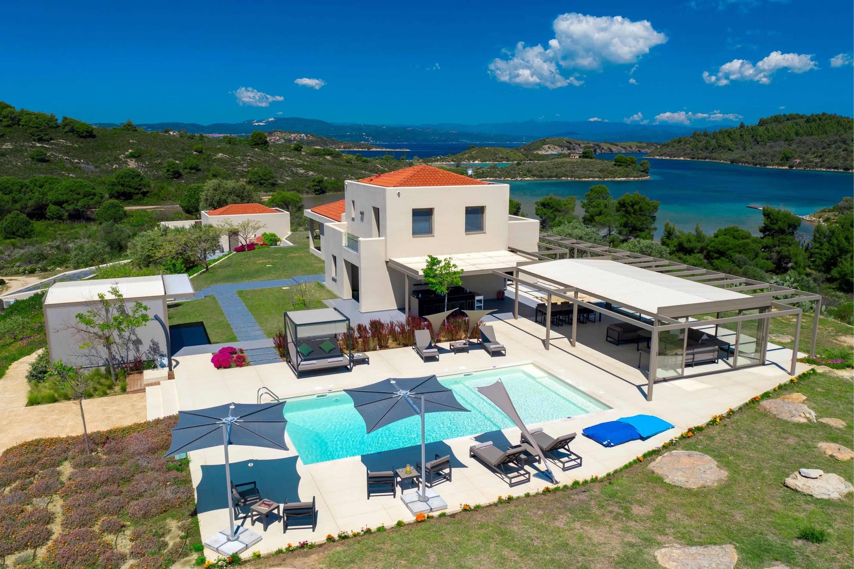 Treasure Cove Villa Tiamo